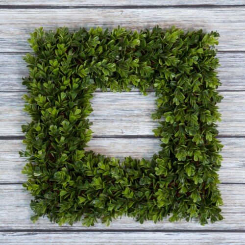 Pure Garden Square Boxwood Wreath - 16.5 inch x 16.5 inch Artificial Indoor Outdoor Floral Perspective: front