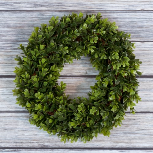 Pure Garden Boxwood Wreath - 12 inch Round Artificial Greenery Indoor Outdoor Perspective: front