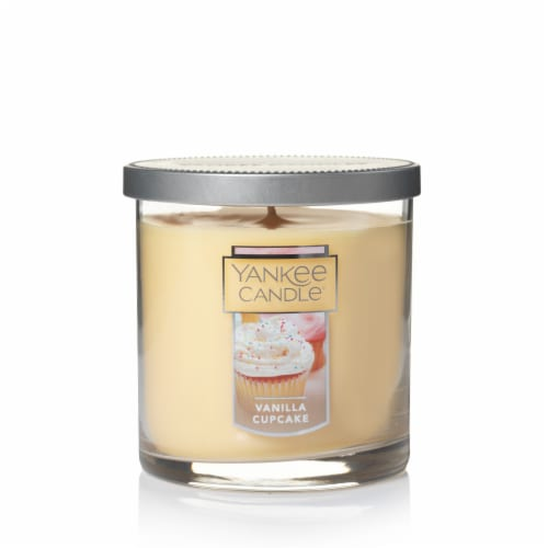 Yankee Candle® Vanilla Cupcake Tumbler Candle - Cream Perspective: front