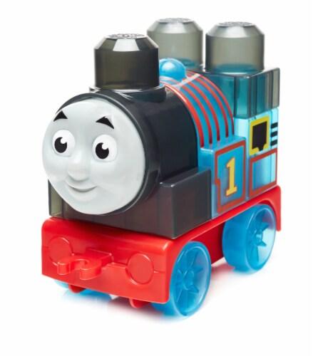 Mega Bloks® Thomas & Friends Thomas Engine Perspective: front