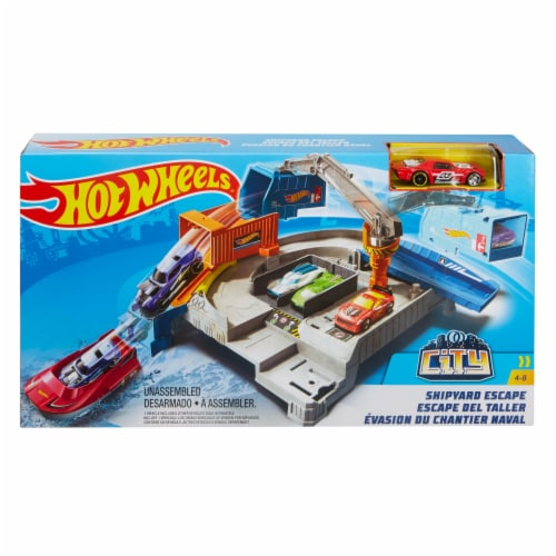 Mattel Hot Wheels® Shipyard Escape Play Set Perspective: front