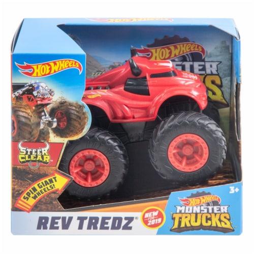Mattel Hot Wheels® Monster Trucks Rev Tredz Steer Clear Vehicle Perspective: front