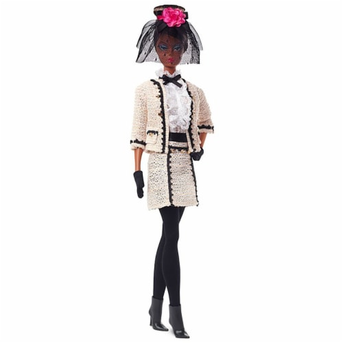 Barbie Fashion Model Collection Best To A Tea Doll with Boucle Suit Ensemble Perspective: front