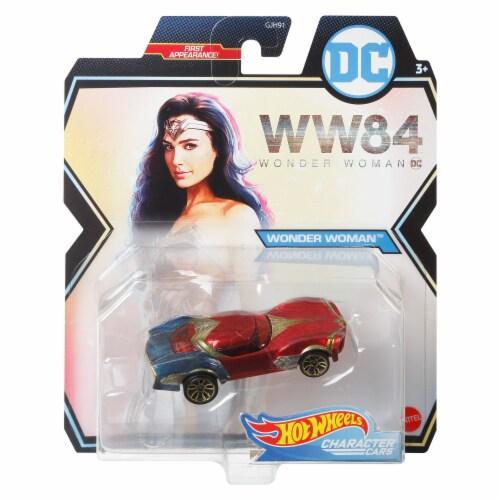 Mattel Hot Wheels® DC Wonder Woman Character Car Perspective: front