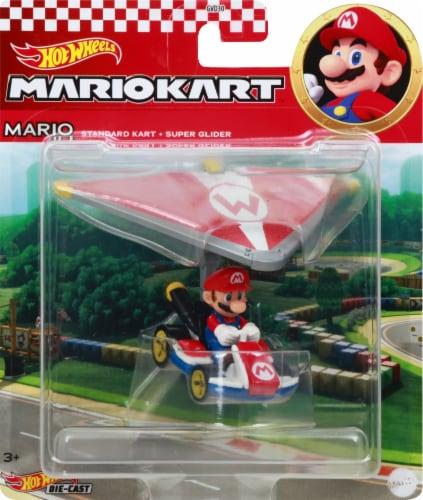 Mattel Hot Wheels® Mario Kart Mario Standard Kart + Super Glider Figure Perspective: front