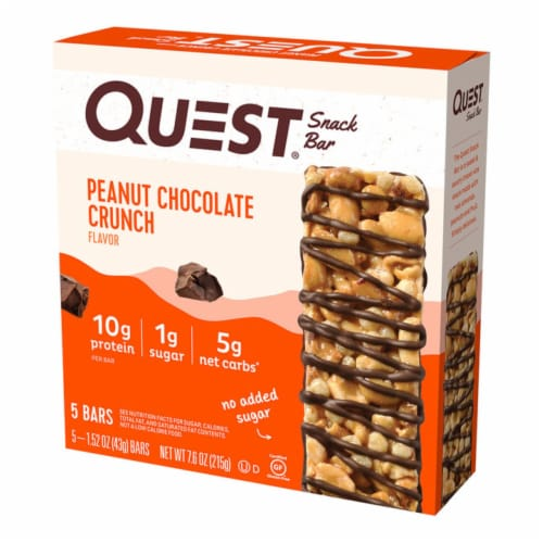 Quest Peanut Chocolate Crunch Snack Bar Perspective: front