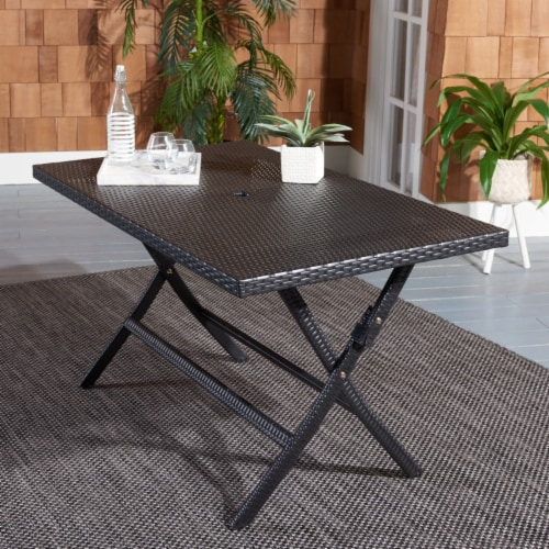 Akita Folding Table Black Perspective: front