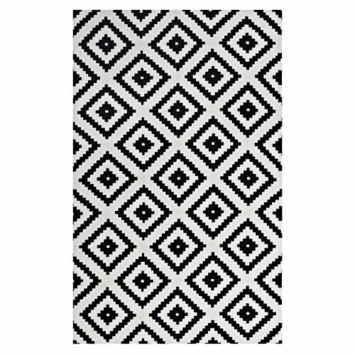 Alika Abstract Diamond Trellis 5x8 Area Rug Perspective: front