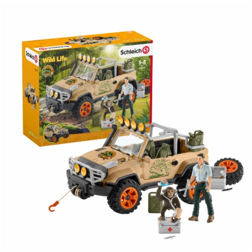 Schleich Wild Life Off-Roader with Rope and Winch Playset Perspective: front