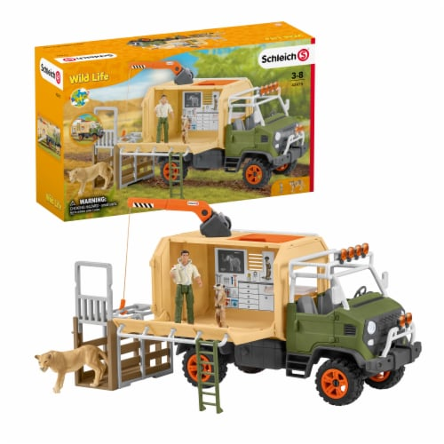 Schleich Wild Life Large Animal Rescue Truck Playset Perspective: front