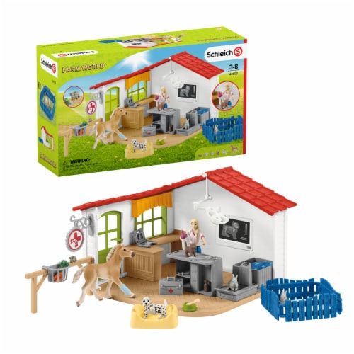 Schleich Farm World Vet Practice with Pets Playset Perspective: front