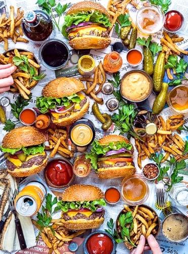 CRA-Z-ART Dennis the Prescott Burger Party Puzzle Perspective: front