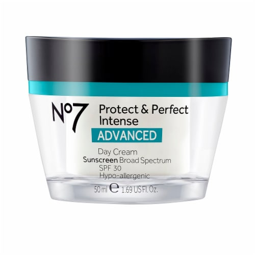 No7 Advanced Protect & Perfect Intense Day Cream Perspective: front