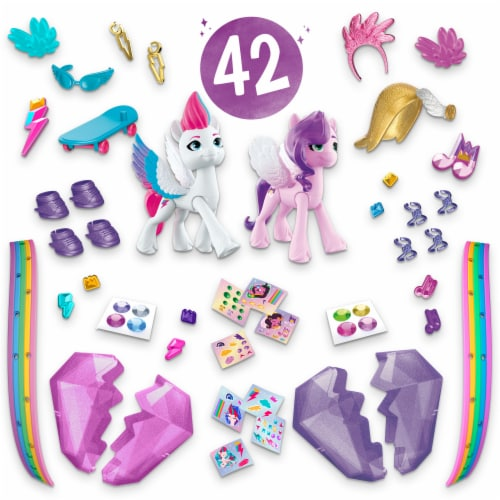 Hasbro My Little Pony: A New Generation Crystal Adventure Sisters Playset Perspective: front