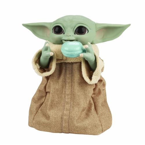 Hasbro Star Wars Galactic Snackin' Grogu Figure Perspective: front