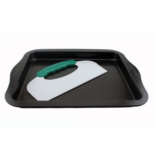 BergHOFF Perfect Slice Cookie Sheet with Slicer Perspective: front