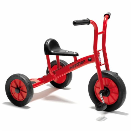 Winther Medium Viking Tricycle - Red Perspective: front