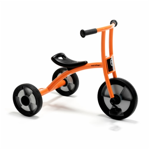 Winther Medium Circleline Tricycle - Orange Perspective: front