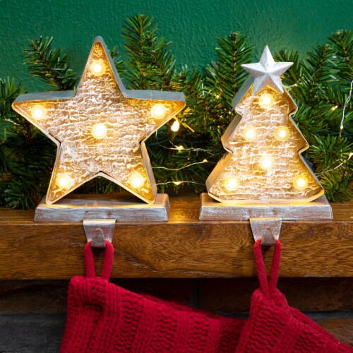 Glitzhome Marquee LED Wooden/Metal Christmas Tree & Star Stocking Holder Perspective: front