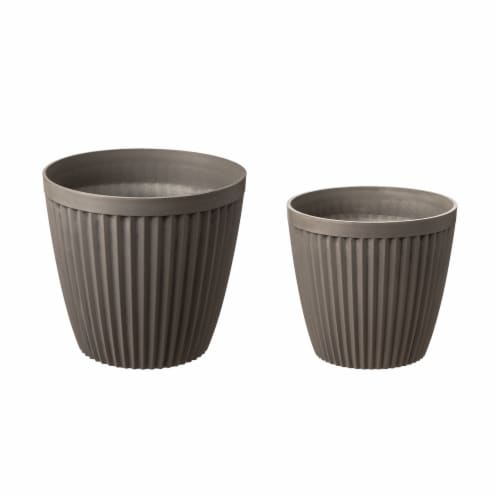 Glitzhome Oversized Faux Concrete Round Plastic Fluted Pot Planter Perspective: front