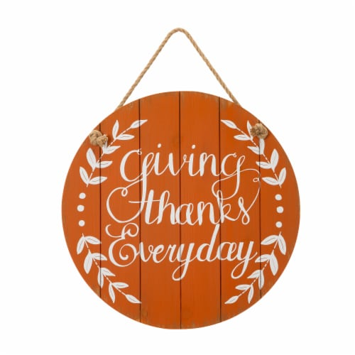 Glitzhome Orange Wooden Giving Thanks Everyday Wall Sign Perspective: front