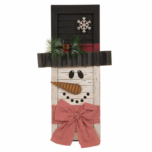 Glitzhome Wooden Snowman Shutter Decoration Perspective: front