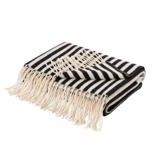 Glitzhome Woven Cotton Geometric Jacquard Tassel Throw Blanket Perspective: front