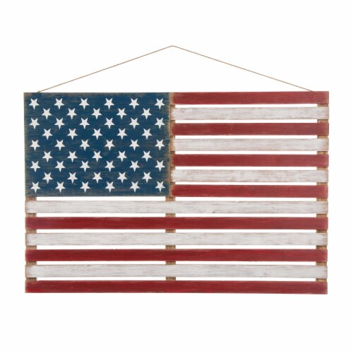 Glitzhome Wooden Distressed Patriotic National Flag Sign Perspective: front