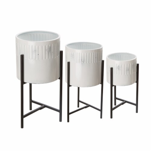 Glitzhome Washed White Metal Round Plant Stands Perspective: front