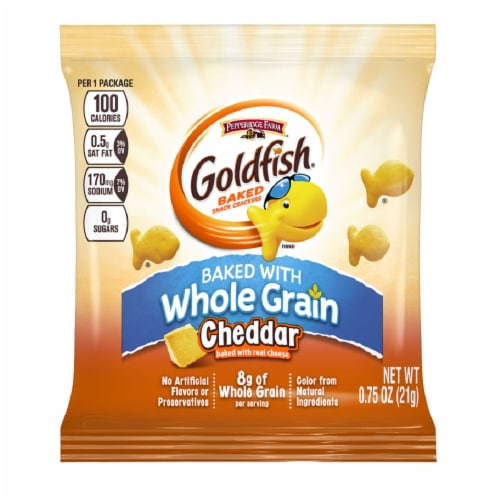 Pepperidge Farm Whole Grain Cheddar Goldfish - 0.75 oz. bag, 300 per case Perspective: front