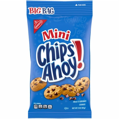 Krafts Mini Chips Ahoy Chocolate Chip Bite-Size Go-Pack Snack Bag Perspective: front