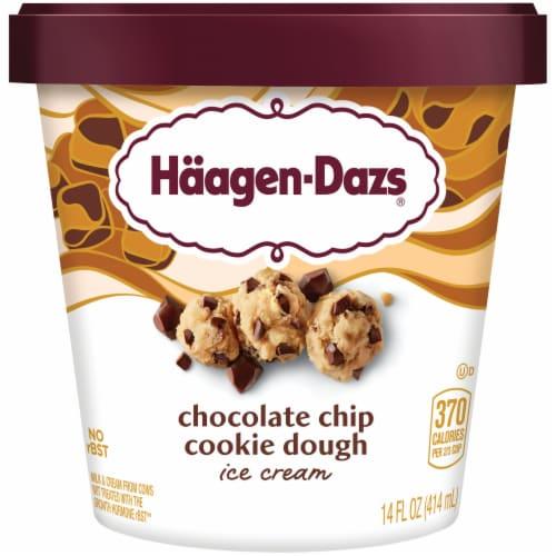 Haagen Dazs, Chocolate Chip Cookie Dough Ice Cream, Pint (8 Count) Perspective: front