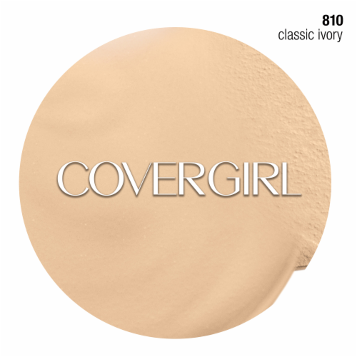 CoverGirl Outlast All Day Stay Fabulous 3-in-1 810 Classic Ivory Foundation SPF20 Perspective: left