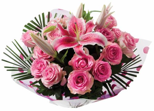 Bloom Haus™ Noble Rose Bouquet Perspective: left