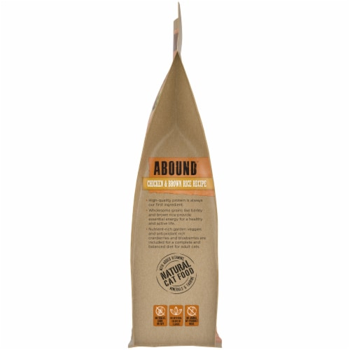Abound™ Chicken & Brown Rice Recipe Adult Cat Food Perspective: left