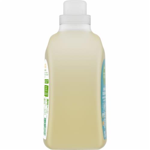 Simple Truth Organic™ Orange Bergamot Laundry Detergent Perspective: left