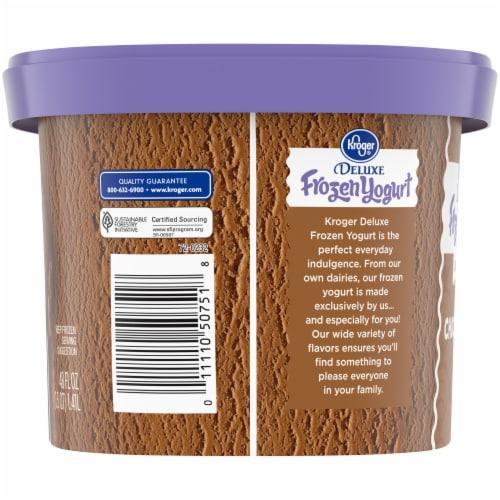 Kroger® Chocolate Deluxe Lowfat Frozen Yogurt Perspective: left