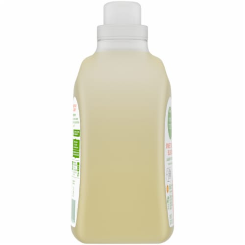 Simple Truth® Sweet Olive Blossom Liquid Laundry Detergent Perspective: left