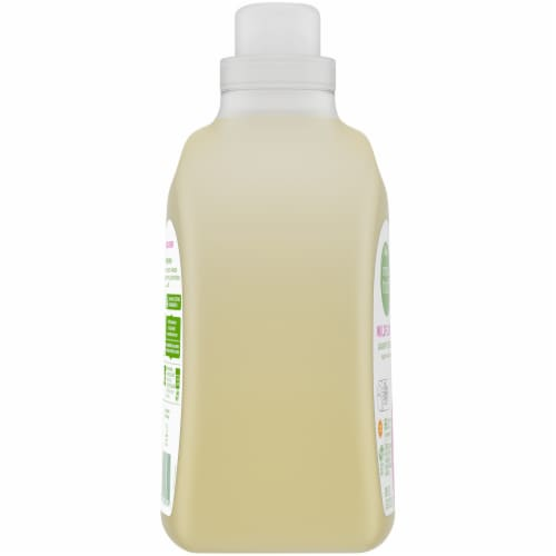 Simple Truth® Wildflower Plant-Based Liquid Laundry Detergent Perspective: left