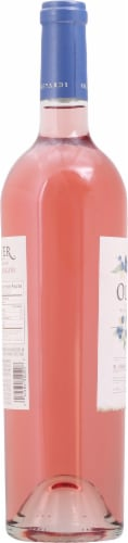 Oliver Winery Blueberry Moscato White Wine Perspective: left
