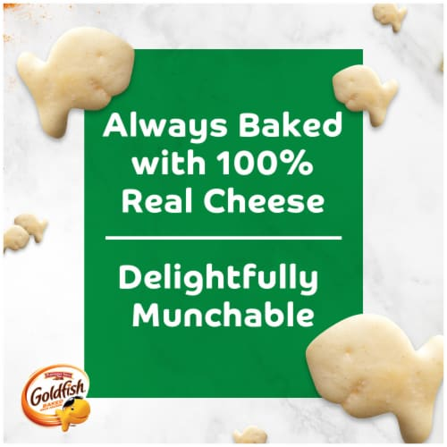 Goldfish® Parmesan Baked Snack Crackers Perspective: left