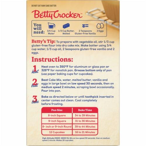 Betty Crocker Gluten Free Yellow Cake Mix Perspective: left