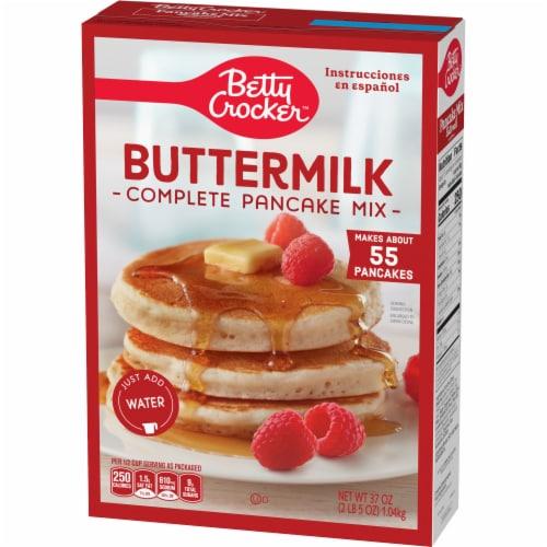 Betty Crocker Complete Buttermilk Pancake Mix Perspective: left