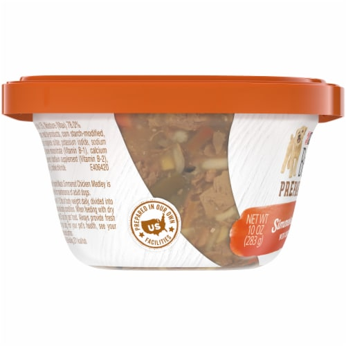 Beneful Prepared Meals Simmered Chicken Medley Adult Wet Dog Food Perspective: left