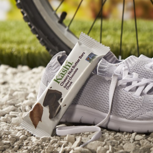 Kashi Vegan Chewy Granola Bars Salted Chocolate Chunk 5 Count Perspective: left