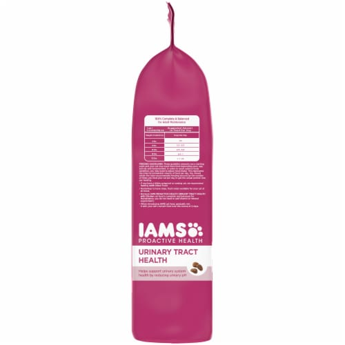 IAMS Proactive Health Urinary Tract Health with Chicken Adult Cat Food Perspective: left