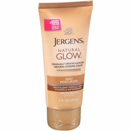 Jergens Natural Glow Fair to Medium Daily Moisturizer Perspective: left