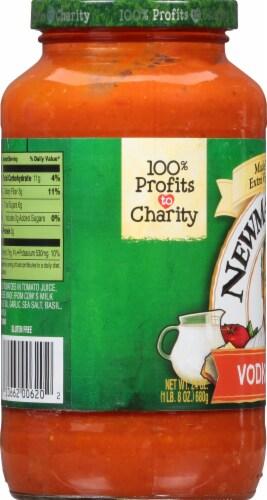 Newman's Own Vodka Pasta Sauce Perspective: left