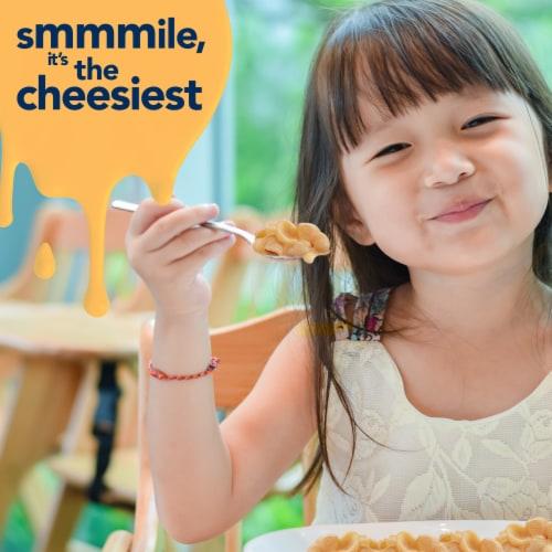 Kraft Three Cheese Mini-Shell Macaroni & Cheese Pasta Perspective: left