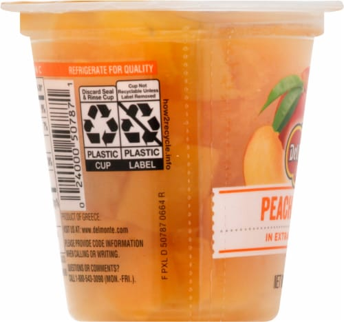 Del Monte Fruit Naturals Yellow Cling Peach Chunks Fruit Cup Perspective: left